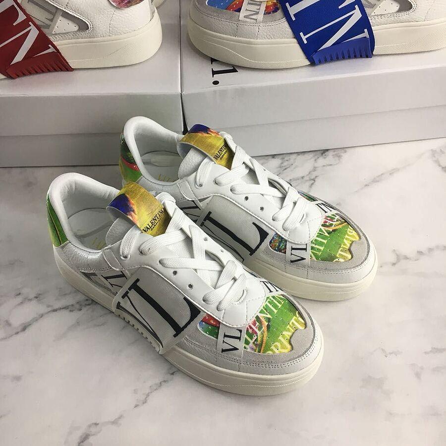 Valentino Shoes for MEN #481998 replica