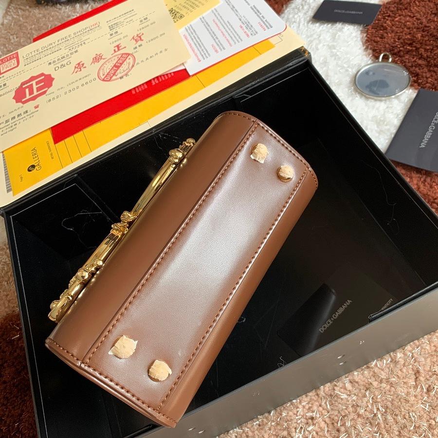 D&G AAA+ Handbags #482125 replica