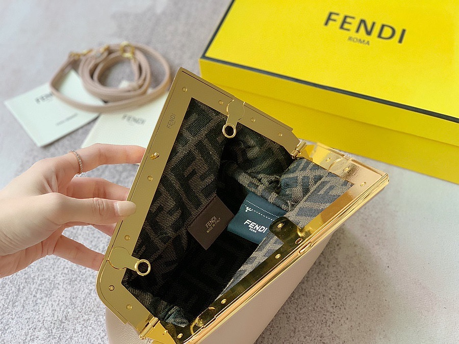 Fendi AAA+ Handbags #482446 replica