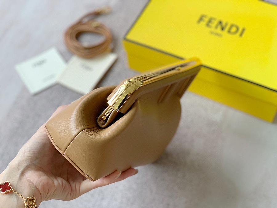 Fendi AAA+ Handbags #482449 replica