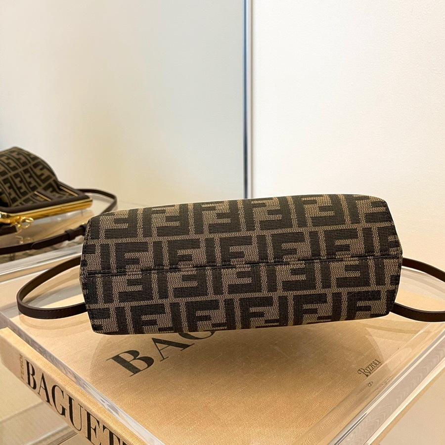 Fendi AAA+ Handbags #482463 replica